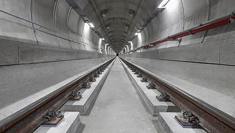 Railway tunnel - slab track